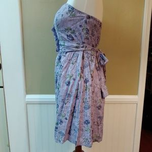 Charlotte Russe Dresses - CHARLOTTE RUSSE STRAPLESS MIDI DRESS PURLE FLORAL